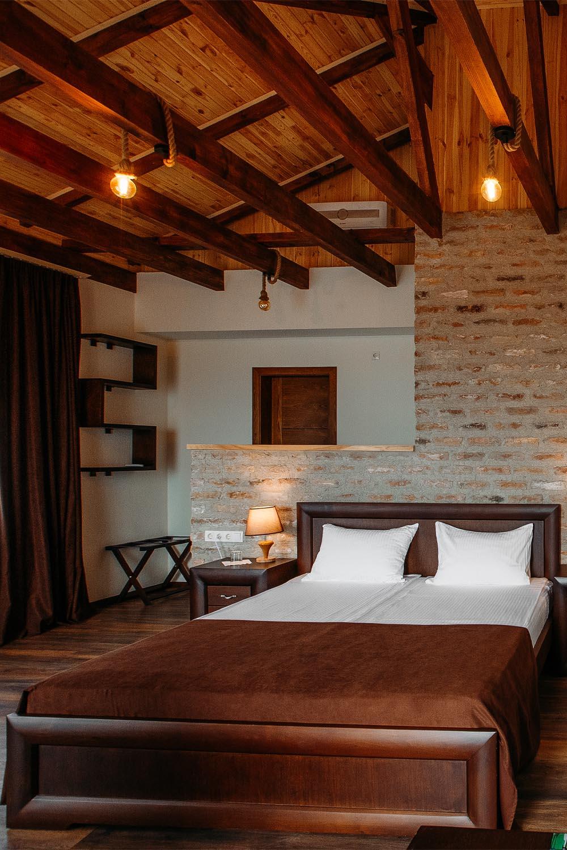 Rooms, Suits & Villas
